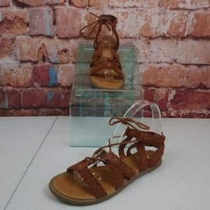 Old Navy Braided Strappy Sandals Size 7